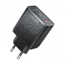 Адаптер сетевой Luxe Cube 1USB 18W 3A PD QC3.0 Black (8889998899009)